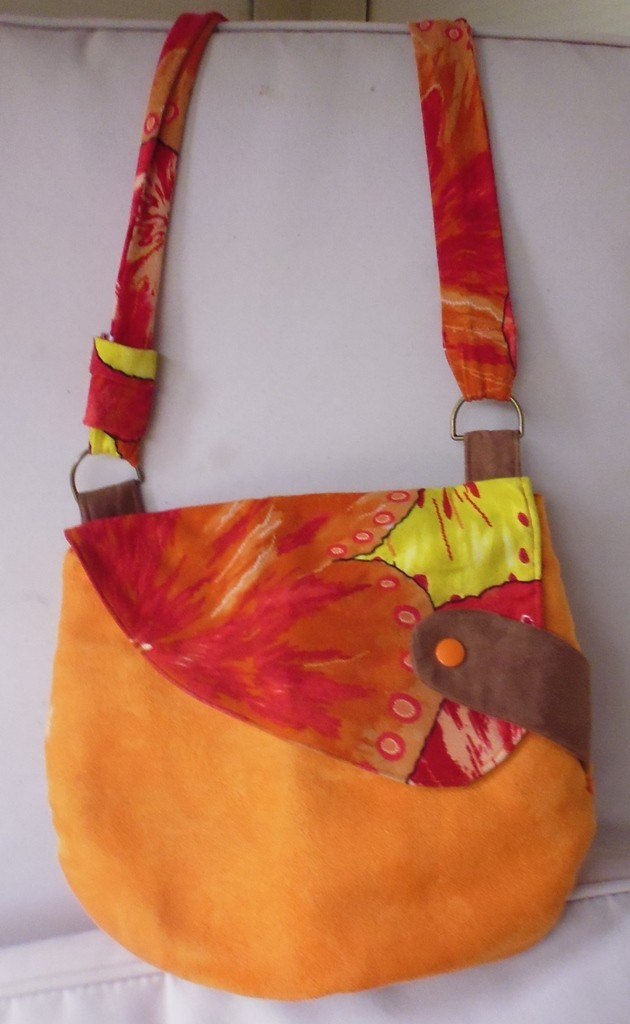 Sac Besace Eulalie, suédine orange et rabat jersey Woodstock - La jupe qui tourne de Louise