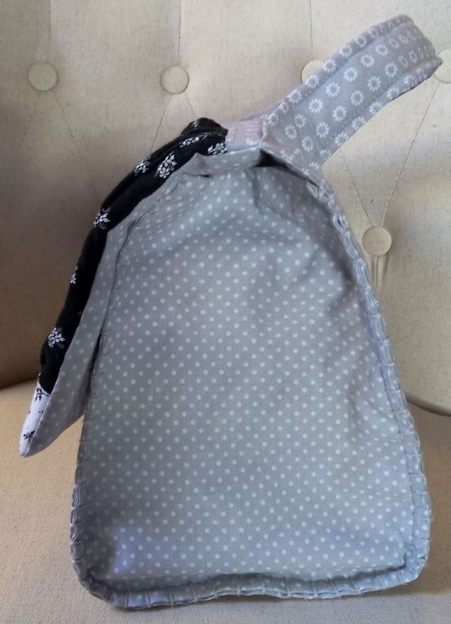 Mon 1er SAL : le sac de ville de Dame Valiste - Côtés, bordure point de feston