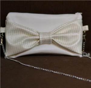 Petite pochette à noeud pour soirée d'été en simili cuir Diamond