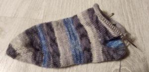 Tricoter des chaussettes c'est magique