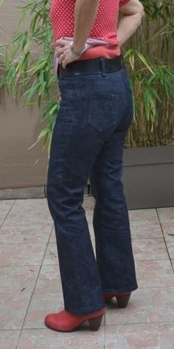 Jeans Flare Profil Dos