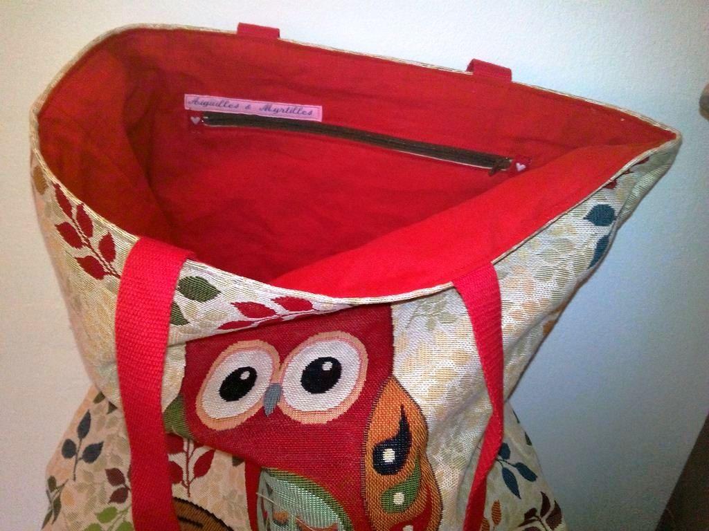 Vue intérieur d'un sac cabas très chouette