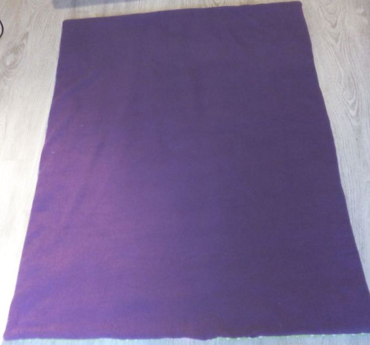 Un joli plaid en patchwork pour bébé - Plaid terminé, envers, côté polaire